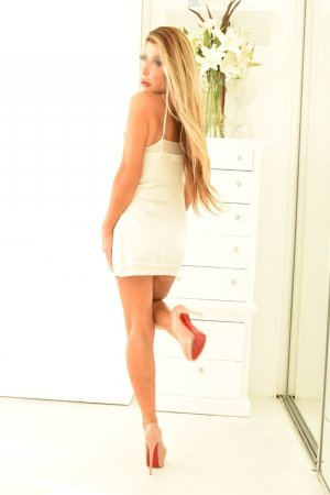 Latifa happy ending massage in Short Hills, escorts